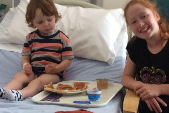 Este pequeño de tres años que padecía de cáncer recibió un trasplante de...
